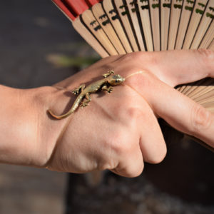 Naturgetreuer Gecko - Arm - Finger oder Fußband