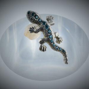 Gecko Ohrstecker blaue Brillianten