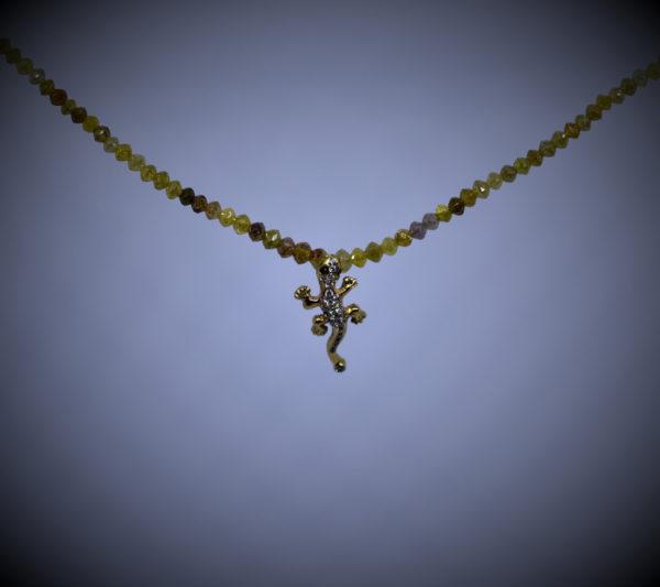 Gecko klein an Rohdiamant Kette