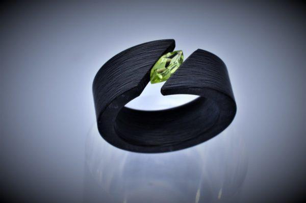 Carbon Peridot Ring 8x4 mm